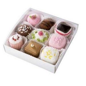 κουτάκι με γλυκά